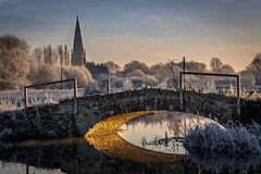 Olney in the frost (Andy Parslow) Tags: olney fuji xt1 50140 winter river bridge outdoor water landscape waterfront nature sk