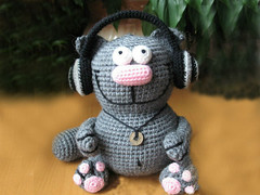 crochet_cat_with_earphones_by_eastfolk (eastfolk) Tags: cat crochet crocheted earphones music lover stuffed soft toy hanmdade unique hobby gift birthday friend mate colleague boyfriend girlfriend gray grey cool lovely present decoration room