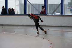 A37W0646 (rieshug 1) Tags: speedskating schaatsen eisschnelllauf skating nkjunioren knsb nkjuniorenallroundafstanden afstanden allround 50010001500massstart demeent alkmaar sportcomplexdemeent juniorenb ladies dames 3000m