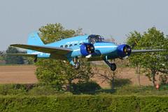 Photo of Avro Nineteen Srs.2 'G-AHKX'