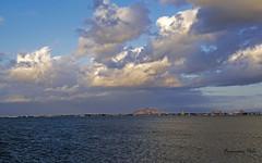 Amanecer en el Mar Menor (Fotgrafo-robby25) Tags: amanecer fujifilmxt1 nubes parqueregional rayosdesol salinasyarenalesdesanpedrodelpinatar sanpedrodelpinatarmurcia
