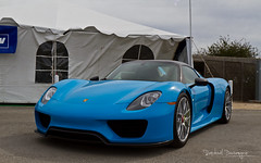 Blue Riviera 918 (Raph/D) Tags: porsche 918 spyder weissach package packet supercar hypercar sportscar car auto automobile automotive stuttgart german carrera gt v8 hybrid motorsport rennsport reunion v mazda raceway laguna seca event blue riviera catchy colors special paint sample limited performance speed fast carbon expensive exclusive monterey california usa us united states america roadster paddock 2015 power