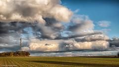 Abendstimmung nach einem regnerischen Tag (J.Weyerhuser) Tags: preiser hechtheim wolkenformation felder