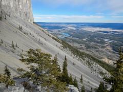 """Mt Yamnuska Summit Scramble - The famous """"Run-downs"""" (benlarhome) Tags: yamnuska exshaw alberta canada scramble scrambling hike hiking trail path"""