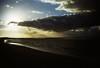 05-10 borkum strand sonunt dunk 4 ag12-046 (u ki11 ulrich kracke) Tags: borkum brandung horizont sonnenuntergang wolkedunkel