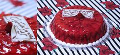 مبروك النجاح =) (ولاء المصيلحي | Walaa AbdulAziz) Tags: red cake كيك مبروك أحمر النجاح الفراولة