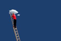 Manutenzione nuvole (meghimeg) Tags: red sky cloud man stair nuvola uomo cielo scala rosso royo 2014 savona salvataggio encarnato
