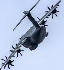 "A400 performing his demo at Farnborough • <a style=""font-size:0.8em;"" href=""http://www.flickr.com/photos/125767964@N08/14582930088/"" target=""_blank"">View on Flickr</a>"