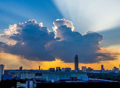 Rays of Light, my 1st Sunset in Houston, coming back from Hawaii (Alisa Matthews) Tags: sunset nature clouds landscape photography texas houston texan houstonphotographer alisamatthews