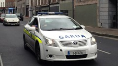 Police Car - Garda Siochana Toyota Avensis (11-D-1658) Police Vehicle - Patrick Street, Limerick. (firehouse.ie) Tags: automobile coche policija politi polizia police policia polizei gendarmie gendarm polis le law enforcement patrol service emergency constabulary cop cops pd dept department deputy sheriff sherrif office officer guardia civil garda gardai siochana siochanna guard guards gs sd aru squad unit units swat eru ert crusier car cars vehicle vehicles