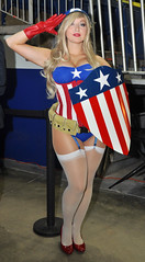 Captain America Hottie ComiCONN  2014 (Mike Rogers Pix) Tags: woman man comics wonder star spider dc comic cosplay ghost harley darth ms batman quinn joker wars vader superheroes marvel rider ming con maul chen the conncticonn