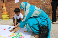 About Bugs (OakMobile) Tags: family painting outdoors birmingham community communitycentre nt families nationaltrust leafpainting sparkhill ashiana lucymclachlan