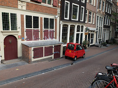 Amsterdam (mi chiel) Tags: city holland netherlands amsterdam centre thenetherlands rood mokum centrum redlightdistrict ams canta 020 legerdesheils oudezijdsachterburgwal