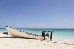 Dominicaanse Republiek (Mark Sekuur) Tags: sea beach strand zee puntacana dominicaanserepubliek bvaro caribisch laaltagracia azuurblauw