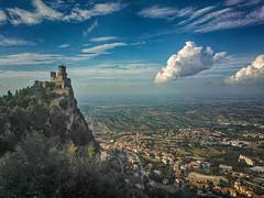 San Marino (Riccardo_29) Tags: clouds landscape nokia san strada nuvole blu infinity case cielo di infinito rocca marino 900 paesaggio torri citt repubblica lumia