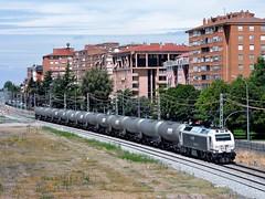 333.338 con el bioetanol Muriedas-Babilafuente (Fernando_Merino) Tags: 333 prima renfe palencia operadora muriedas mercancías bioetanol babilafuente