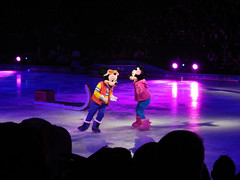 Disney On Ice - Frozen (traveling around) Tags: anna olaf frozen orlando unitedstates florida iceskating sven elsa kristoff disneyonice amwaycenter