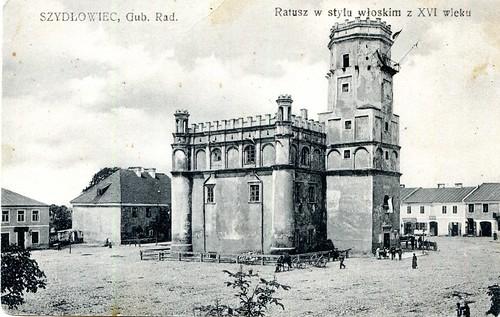 Ratusz Miejski, gubernia radomska, a więc jeszcze przed I wojną światową (fotopolska.eu)