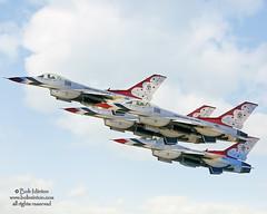 GunfighterSkies-2014-MHAFB-Idaho-156 (Bob Minton) Tags: fighter idaho boise planes thunderbirds airforce minton afb 2014 mountainhome gunfighters mhafb mountainhomeairforcebase 366th gunfighterskies