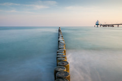 Zingst (-libellenwellen-) Tags: sea nature sunrise germany landscape deutschland meer long exposure sony natur sigma baltic nd landschaft sonnenaufgang ostsee zingst langzeitbelichtung seebrücke 19mm a6000