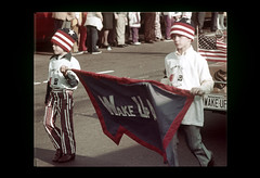 ss10-36 (ndpa / s. lundeen, archivist) Tags: color film boston 1971 massachusetts nick slide slideshow 1970s bostonians bostonian dewolf wakeupamerica bunkerhillday nickdewolf photographbynickdewolf slideshow10 bunkerhilldayparade