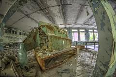 Anglų lietuvių žodynas. Žodis ghost town reiškia miestas vaiduoklis lietuviškai.