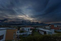 Amanecer (Jos M. Arboleda) Tags: nube amanecer sunrise salidadelsol dia popayn colombia canon eos 5d markiv ef1740mmf4lusm jose arboleda josmarboledac