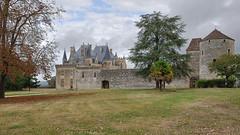 Castillo de Montaigne (TerePedro) Tags: saintmicheldemontaigne dordogne francia castillo castelo château castle schloss