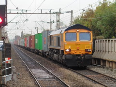 GBRf 66707 - East Didsbury (North West Transport Photos) Tags: train railway trainstation freighttrain containertrain cargotrain class66 66 66707 gbrf gbrailfreight eastdidsbury