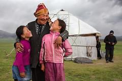 Kyrgyz-(35) (Pascal Mannaerts) Tags: asia centralasia travel silkroad people portrait culture landscape