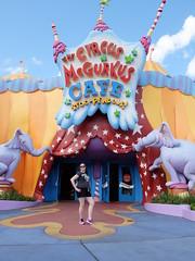 Universal Islands of Adventure (satanpolaroid) Tags: universal islandsofadventure universalstudios marvel jimmyfallon harrypotter drseuss jurassicpark
