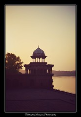 #india #uttarpradesh #agra #tajmahal #taj_mahal #sunset #mughal #unescoworldheritagesite #sevenwonders #7wondersoftheworld #myphoto                            # # #_ # # #__ (alrayes1977) Tags: india uttarpradesh agra tajmahal sunset mughal unescoworldheritagesite sevenwonders 7wondersoftheworld myphoto