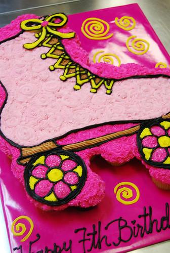 346-polkatots cupcake cakes