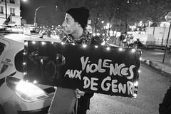 _DSF9137 (sergedignazio) Tags: france paris street photography photographie fuji xpro2 internationale lutte violences femmes