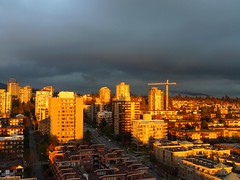 Urban sunset: It's all about the light (peggyhr) Tags: peggyhr urban sunset light warm dsc09349a vancouver bc canada thebestshots