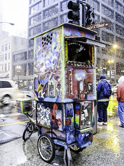 Street walk session December 4-2016 pic19 (Artemortifica) Tags: cta canon chicago december jackson michiganave powershot sd750 statest street alley bikes buses city cold compact snow subway trains umbrella underground urban weather il usa