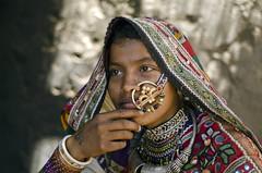 Kutch (PawelBienkowski) Tags: kutch harijan indiawoman indiavillage kutchpeople untuchables