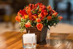 Mesa bistr (Flor e Forma) Tags: flowers wedding flores yellow laranja decoration rosa amarelo casamento alstroemeria decorao vinho terracota bistr iateclubedesantos minirosa florforma floreforma