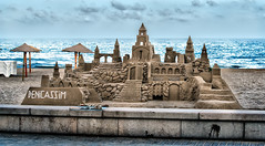 Castillo de arena. (juanjofotos) Tags: mar arquitectura playa arena benicassim castillo marmediterrneo castillodearena juanjofotos juanjosales