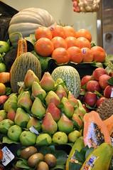 Mercato Boqueria (Adriano_N) Tags: barcelona espana catalunya frutta colori mercato barcellona rambla esposizione catalogna mercatoboqueria