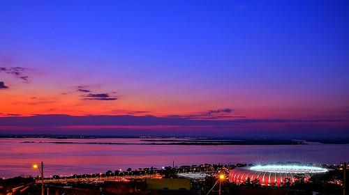 Pôr do sol no Estádio Beira-Rio
