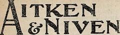 Anglų lietuvių žodynas. Žodis feather-dresser reiškia plunksninis drabužis lietuviškai.