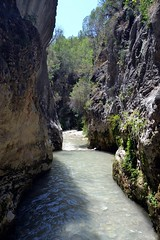 Ro Chillar, Nerja, Mlaga (Emilio J. Rodrguez-Posada) Tags: naturaleza ro river agua agosto senderismo mlaga nerja piedras 2014 fluvial chillar rochillar agostode2014