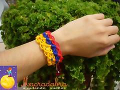 Pulsera Colombia de rombos en #macrame (Macradabra) Tags: colombia bracelet tricolor pulseras macram rombos manillas brazaletes frienshipbracelets