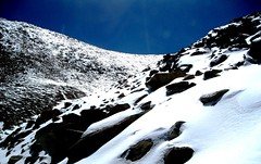 Cold mountains (sunlitnights) Tags: india mountain snow mountains ice boulders kashmir himalaya leh himalayas ladakh changla himalayanmountains changlapass