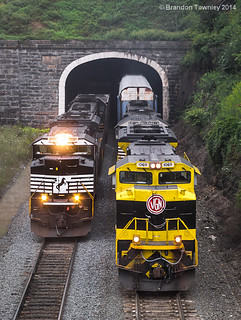 Norfolk Southern 593 and 28Z in Gallitzin, PA