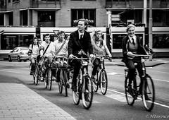S...cool! (Hiury Tarouco) Tags: school holland students amsterdam bike europe ride bikes holanda amsterda