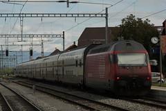 Leermaterial - Extrazug von der Air14 mit SBB Lokomotive Re 460 099 - 5 am Bahnhof Kerzers im Kanton Freiburg in der Schweiz (chrchr_75) Tags: chriguhurnibluemailch christoph hurni schweiz suisse switzerland svizzera suissa swiss kantonfreiburg kerzers chrchr chrchr75 chrigu chriguhurni 1408 august 2014 eisenbahn bahn train treno zug schweizer bahnen hurni140830 re460 re 460 albumsbbre460 sbb cff ffs schweizerische bundesbahn bundesbahnen lok lokomotive albumbahnenderschweiz august2014 albumbahnenderschweiz2014712 juna zoug trainen tog tren поезд паровоз locomotora lokomotiv locomotief locomotiva locomotive railway rautatie chemin de fer ferrovia 鉄道 spoorweg железнодорожный centralstation ferroviaria