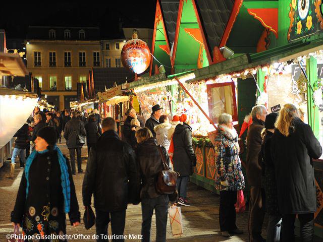 ストラスブールのクリスマスマーケットツアー