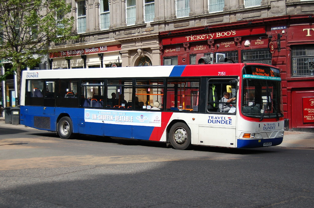 The World's Best Photos of bus and dundee - Flickr Hive Mind